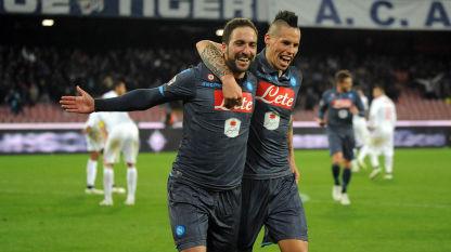 Super Napoli a Cagliari Zeman vede la Serie B