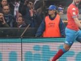 Napoli's Gonzalo Higuain jubilates after scoring the goal during the Italian Serie A soccer match UC Sampdoria vs SSC Napoli at Luigi Ferraris stadium in Genoa, Italy, 24 Juanary 2016. ANSA/LUCA ZENNARO