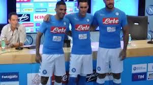 Video presentazione nuova maglia del Napoli 2016